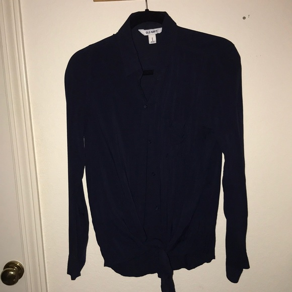 Old Navy Tops - Long sleeve button down blouse